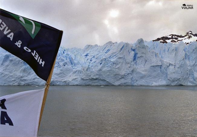 El Perito Moreno desde el catamarán. Argentina