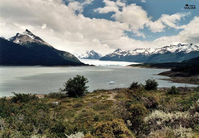 El Perito Moreno desde la Curva de los Suspiros. Argentina