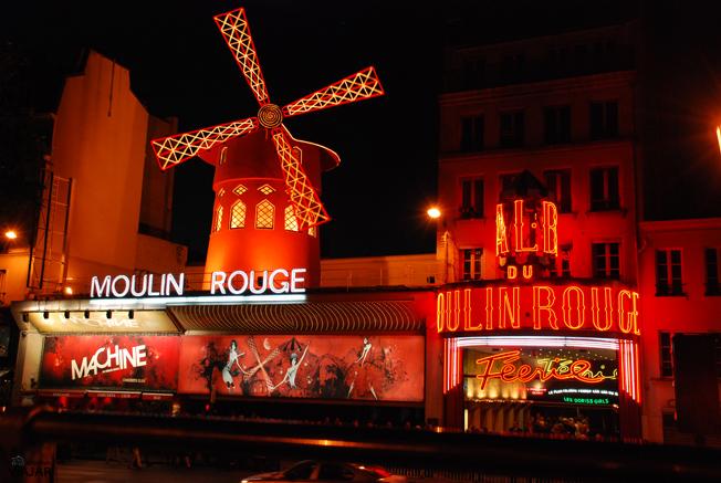 Moulin Rouge. París