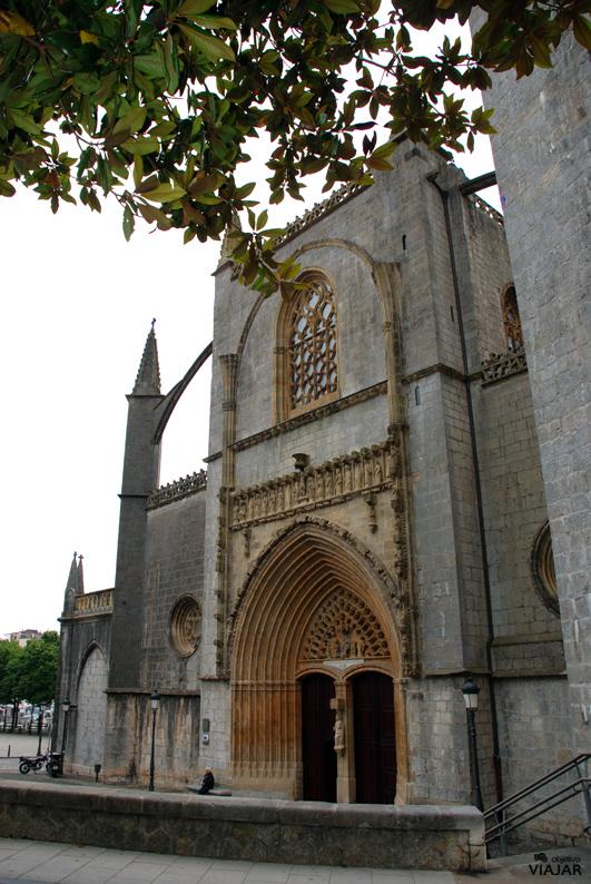 Portada occidental de la Basílica de la Asunción de Santa María, Lekeitio