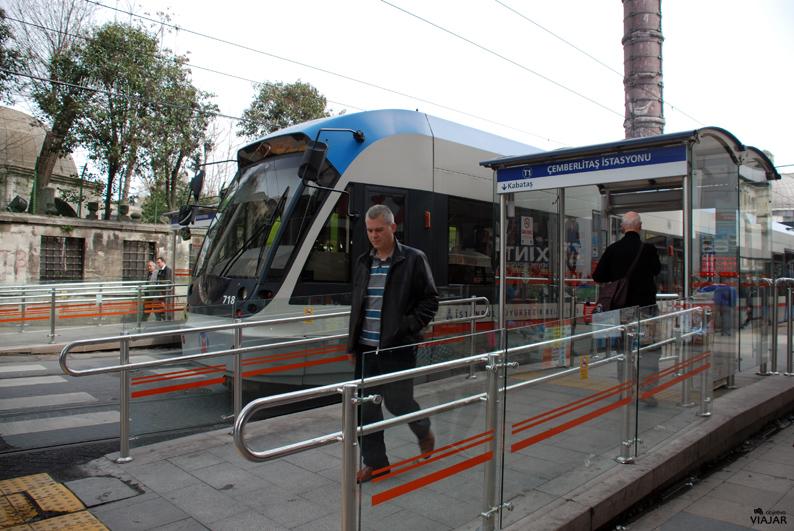 Tranvía en Çemberlitaş. Estambul