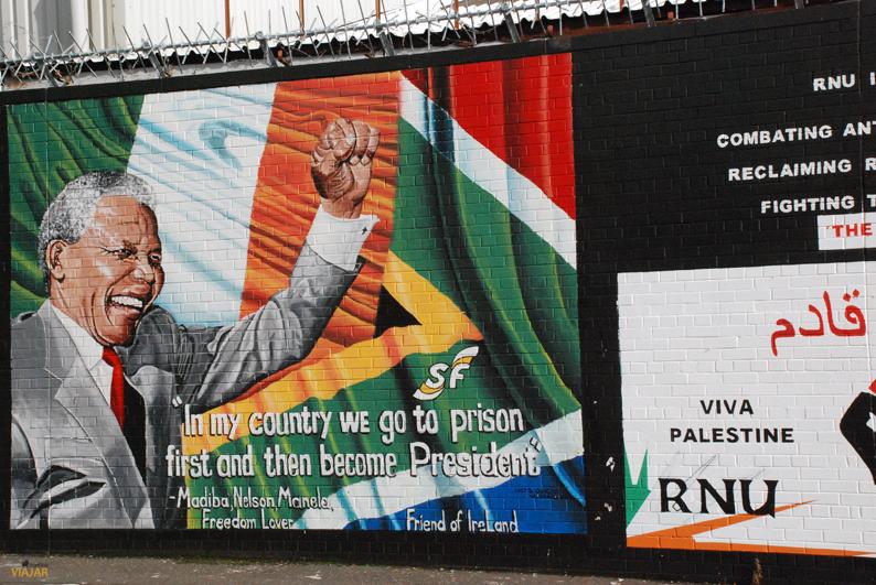 Mural de Nelson Mandela. Falls Road. Belfast