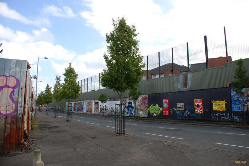 Muro de la Paz en Cuper Way. Belfast