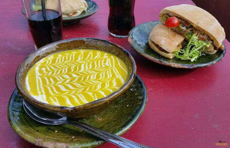 Comiendo en el Café des Épices. Marrakeck