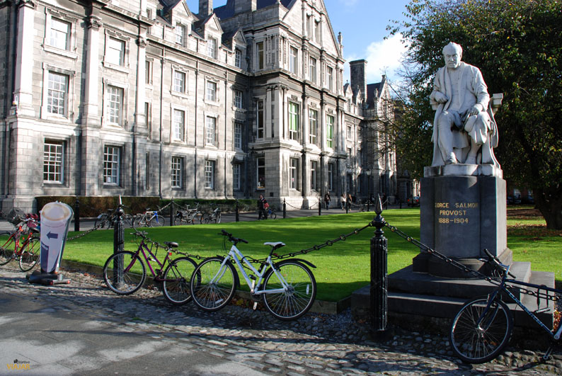 Estatua de George Salmon. Trinity College. Dublin