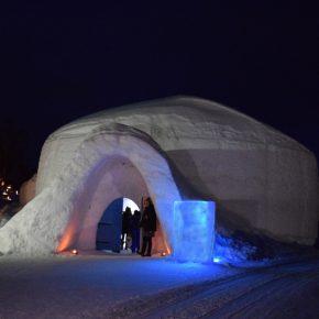 Dormir en un hotel de hielo, una experiencia única en la Laponia noruega