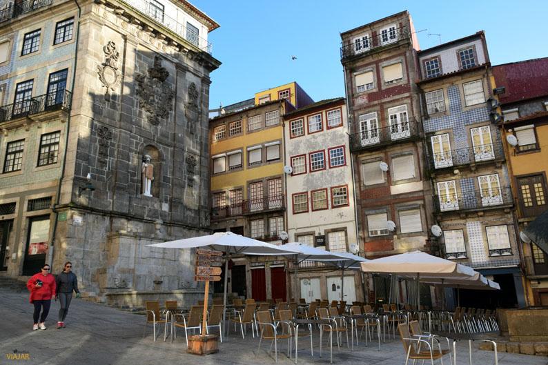 Praça da Ribeira. Oporto