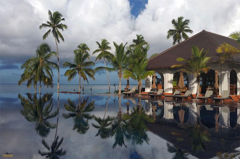Infinity pool del hotel The Residence. Zanzibar