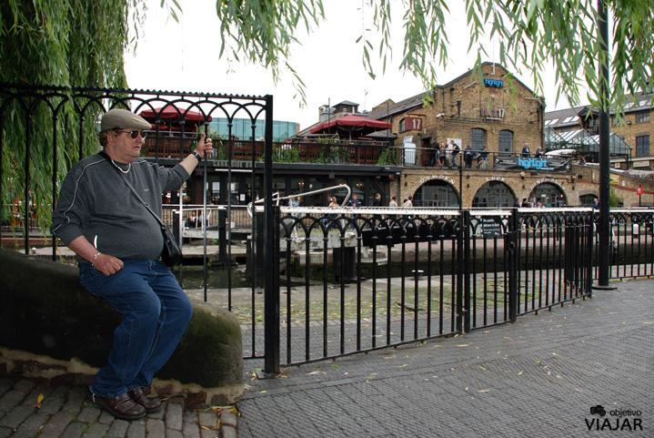 Camden. Regent's Canal