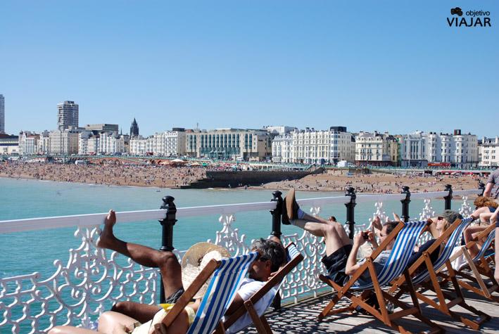 Vista del litoral desde el Brighton Pier. Brighton