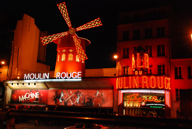 Moulin Rouge. París