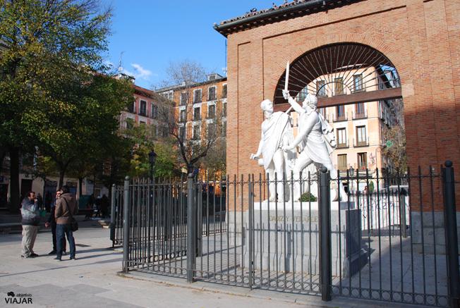 Monumento a Daoíz y Velarde. Plaza del 2 de Mayo. Malasaña