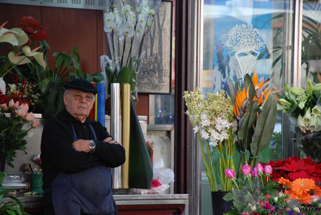 Vendedor de flores en La Rambla. Barcelona