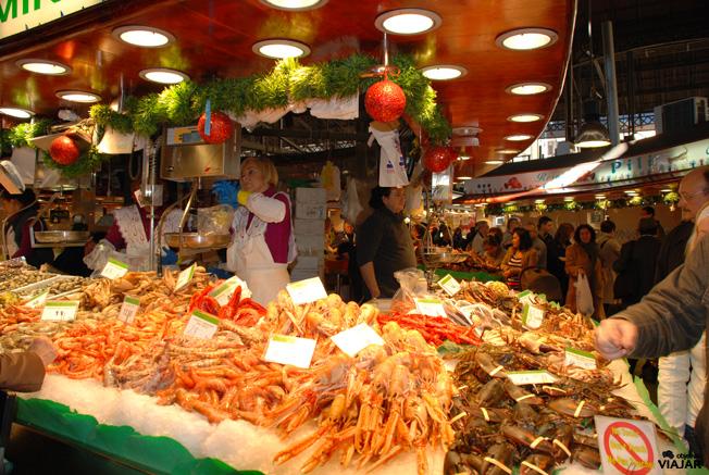 Una de las muchas pescaderías de La Boquería