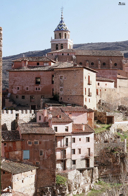 Albarracín con la Catedral al fondo