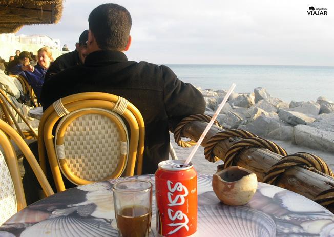 Café Sidi Bou Hdid. Hammamet. Circuito por Túnez