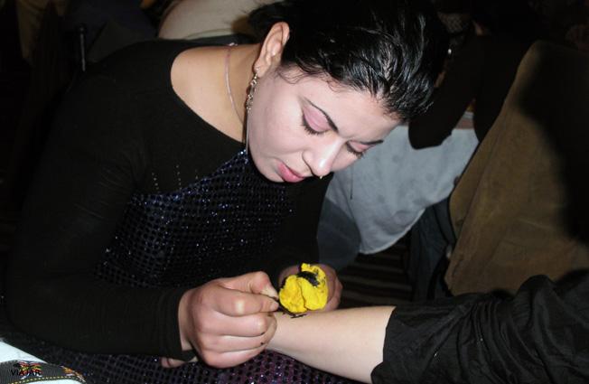 Tatuaje de henna. Túnez