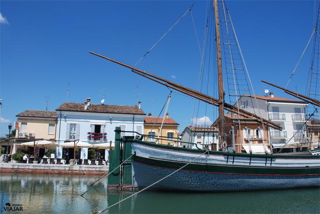 Una estampa del puerto-canal de Cesenatico