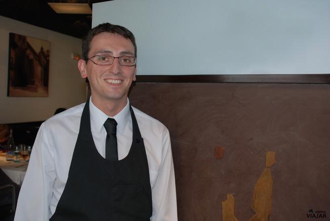 Raúl Igual. Premio Mejor Sumiller de España 2010. Restaurante Yain. Teruel