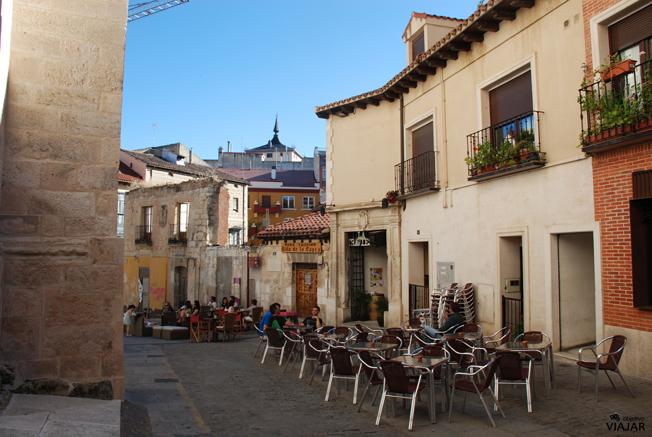 Alrededores de la iglesia de Santa María la Real. Aranda de Duero. Burgos