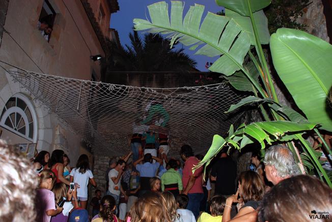 Viendo ensayar a la Colla Jove de Castellers de Sitges. Palau del Rei Moro. Sitges