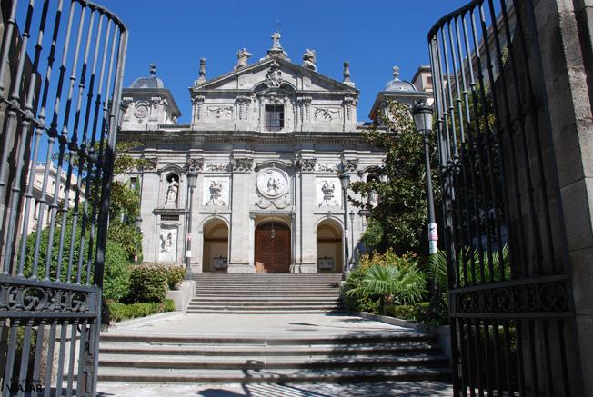 Convento  de las Salesas Reales e iglesia de Santa Bárbara. Madrid