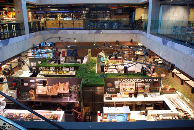 Interior del Mercado de San Antón. Madrid