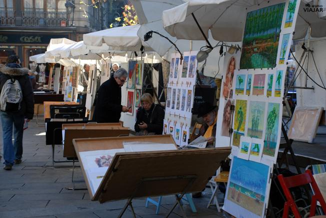 Pintores en la Plaça de Sant Josep Oriol. Barcelona