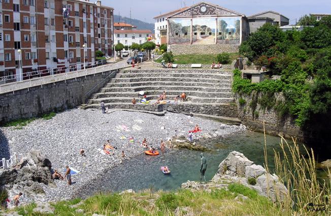 Playa El Pedregal. Castro Urdiales. Cantabria