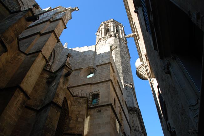 Vista lateral de la Catedral de Barcelona