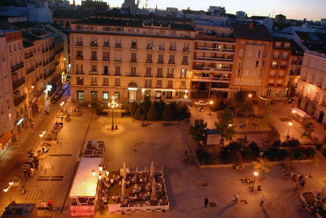 Vista nocturna de la Plaza Vázquez de Mella. Chueca. Madrid
