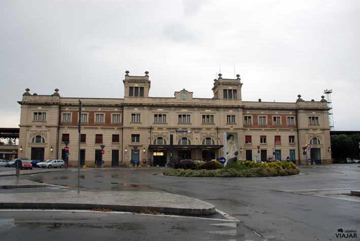 Estación de tren de Forlì. Italia