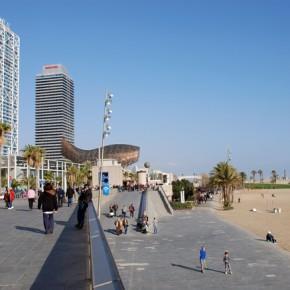 Un paseo otoñal por las playas de Barcelona