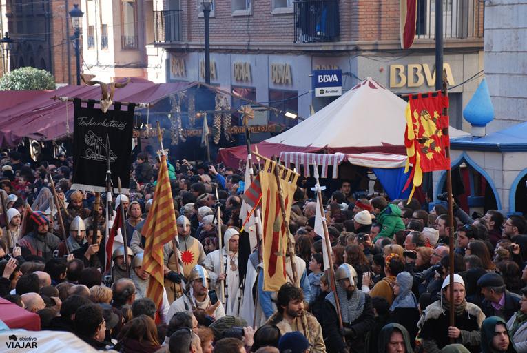 Comitiva de los funerales de Diego de Marcilla. Bodas de Isabel. Teruel