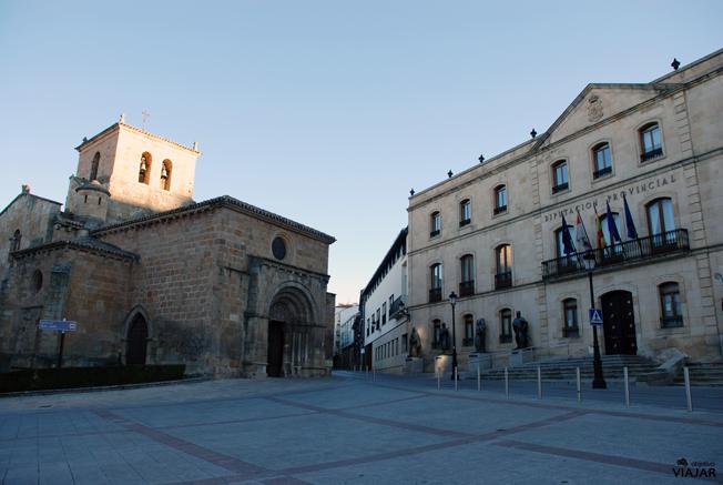 Iglesia de San Juan de Rabanera y Palacio de la Diputación. Soria