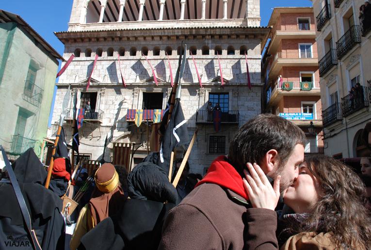 Momento del beso. Bodas de Isabel. Teruel
