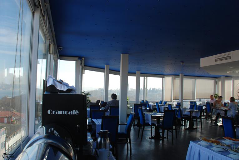 Restaurante panorámico Hotel Adamar. Estambul