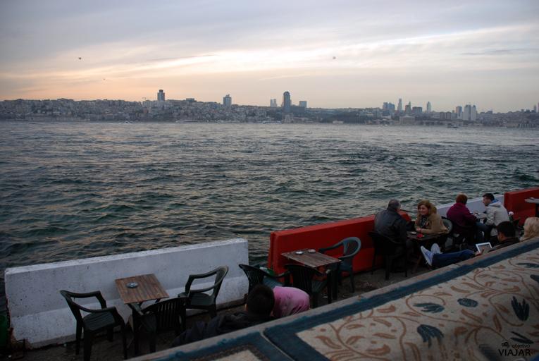 Esperando la puesta de sol en Üsküdar. Estambul