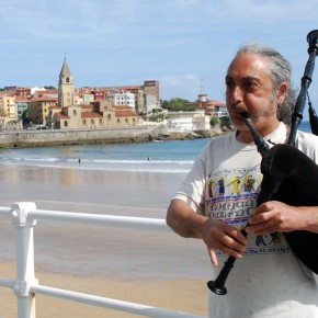 Gijón, una atractiva ciudad teñida de azul y verde