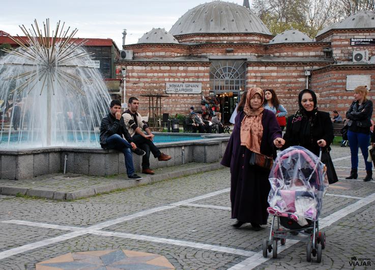 Mercado de Mimar Sinan. Üsküdar. Estambul