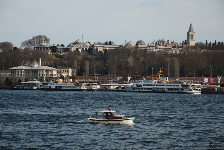 Palacio Topkapi desde el ferry. Estambul
