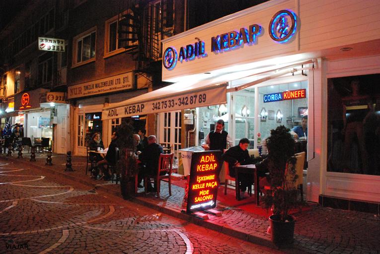 Adil Kebap. Üsküdar. Estambul