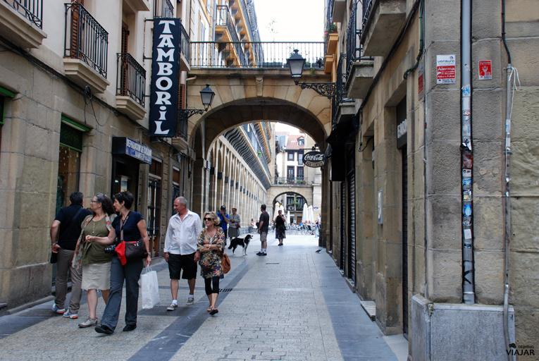 Calle Pescadería. Parte Vieja de Donostia