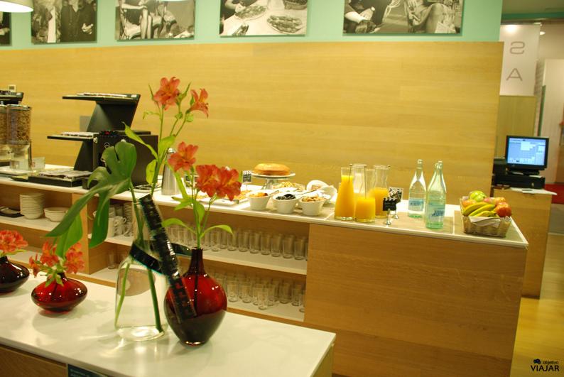 Desayuno buffet.  Hotel Astoria7. Donostia