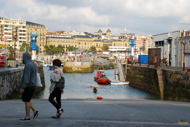 Paseando por el puerto de San Sebastián