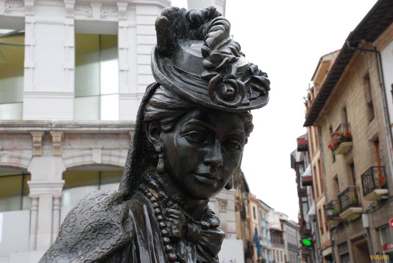 Estatua de La Regenta. Oviedo
