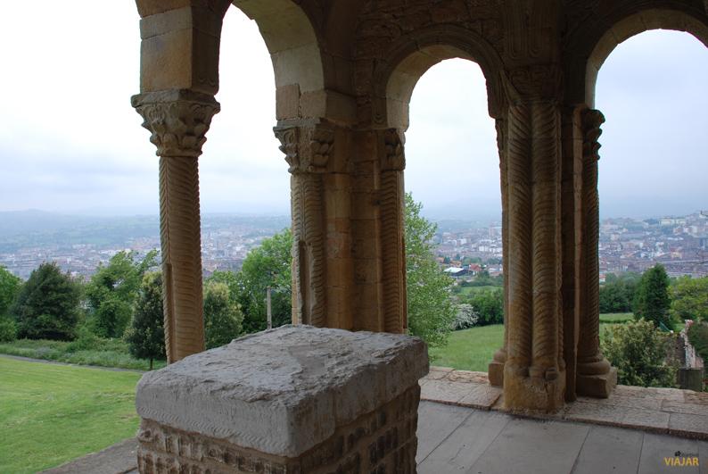Vista de Oviedo desde Santa María del Naranco