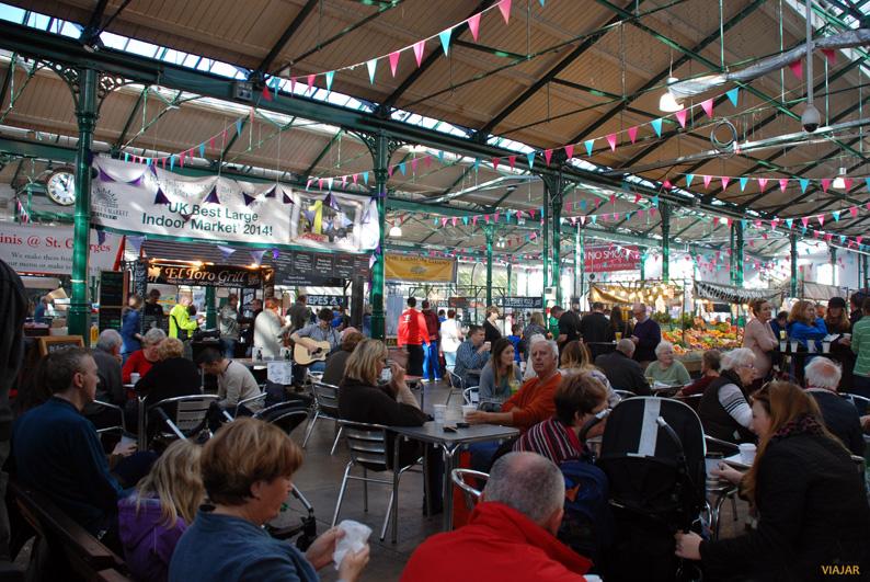 Interior del St. George's Market. Belfast