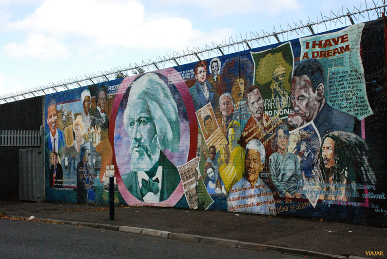 Mural en Falls Road. Belfast