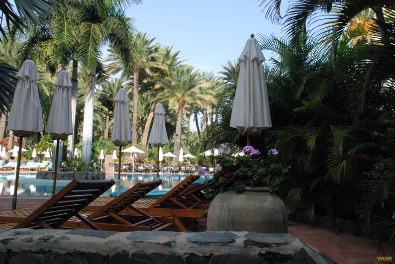 Un oasis entre palmeras. Seaside Palm Beach